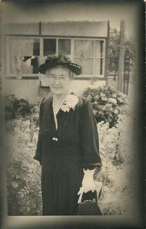 Stevens, Ethel Amelia nee Ray b1881.jpg