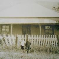 Home of Charles Elizabeth Jones nee spinks at Bulli with Alfred Sylvia Sandra Jones.jpg