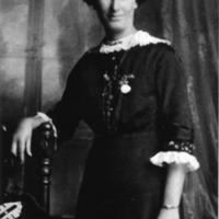 Hodges, Rose Edith nee Holder.jpg